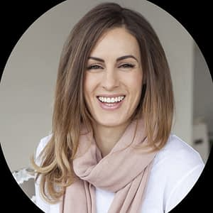 Amie Skilton | Naturopath, Herbalist, Nutritionist, Beauty Therapist, Reiki Master & Life Coach