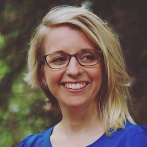 Moira Bradfield | Naturopath, Acupuncturist & Founder of Intimate Ecology